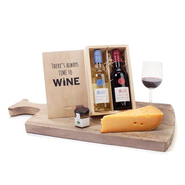Kleintje wijn in bedrukt kistje