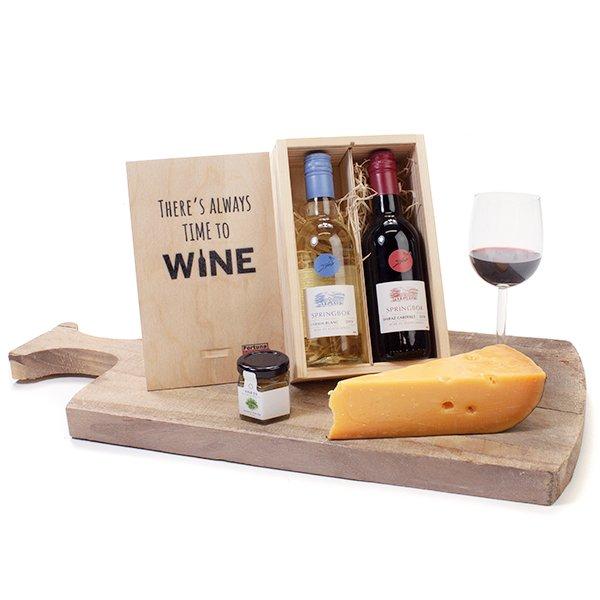 Kleintje Wijn in houten kistje
